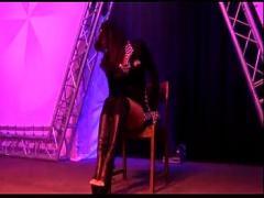 Good video category lesbian (785 sec). Russian stripper dancer Jurija Grigorjeva does show on stage.
